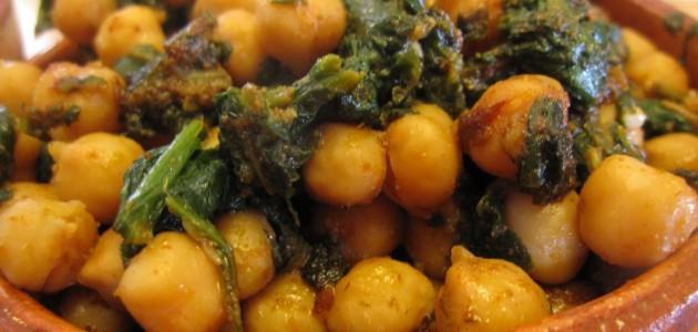 Итальянская кухня. Рецепт: Блюдо из нута и шпината (фото)