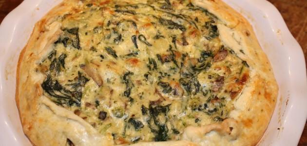 Итальянская кухня. Рецепт: Деревенский пирог с картофелем, брокколи и колбасой (фото)