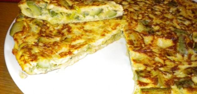 Итальянская кухня. Рецепт: Фриттата с цуккини и луком-пореем (фото)