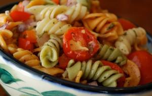 Как приготовить холодный салат из макарон