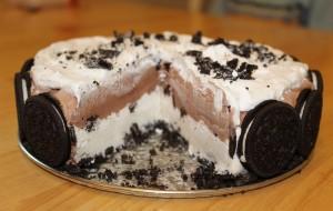 Как приготовить торт с мороженым