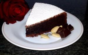 Как быстро приготовить вкусный торт «Капрезе»