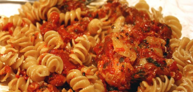 Итальянская кухня. Рецепт: Макароны с тушенкой (фото)