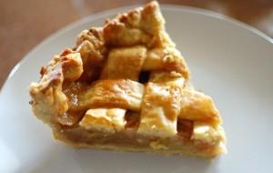 Любимый яблочный пирог аэрогриль и здесь помог