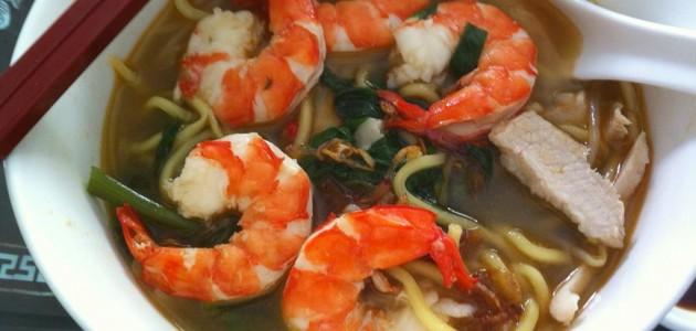 Итальянская кухня. Рецепт: Креветочный суп с лапшой рамен (фото)