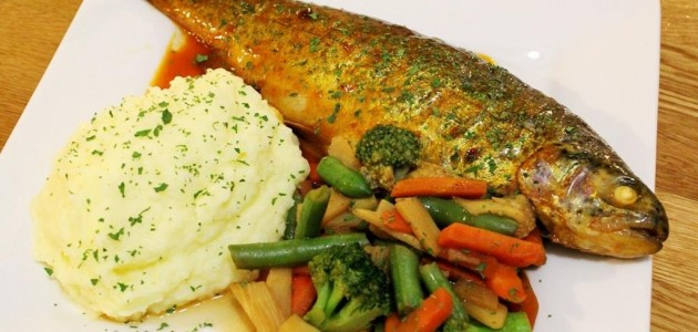 Итальянская кухня. Рецепт: Радужная форель в аэрогриле (фото)