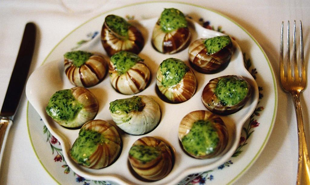 http://tuttidolci.ru/kulinarija-recepty/uploads/2014/03/Ulitki-po-francuzski.jpg